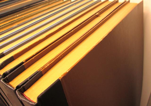 和紙は1000年、洋紙は100年!? 紙の寿命の秘密